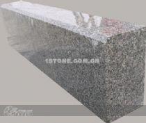 路边石本公司生产各种市政材料、各种荷兰砖盲道砖人行道高清图片